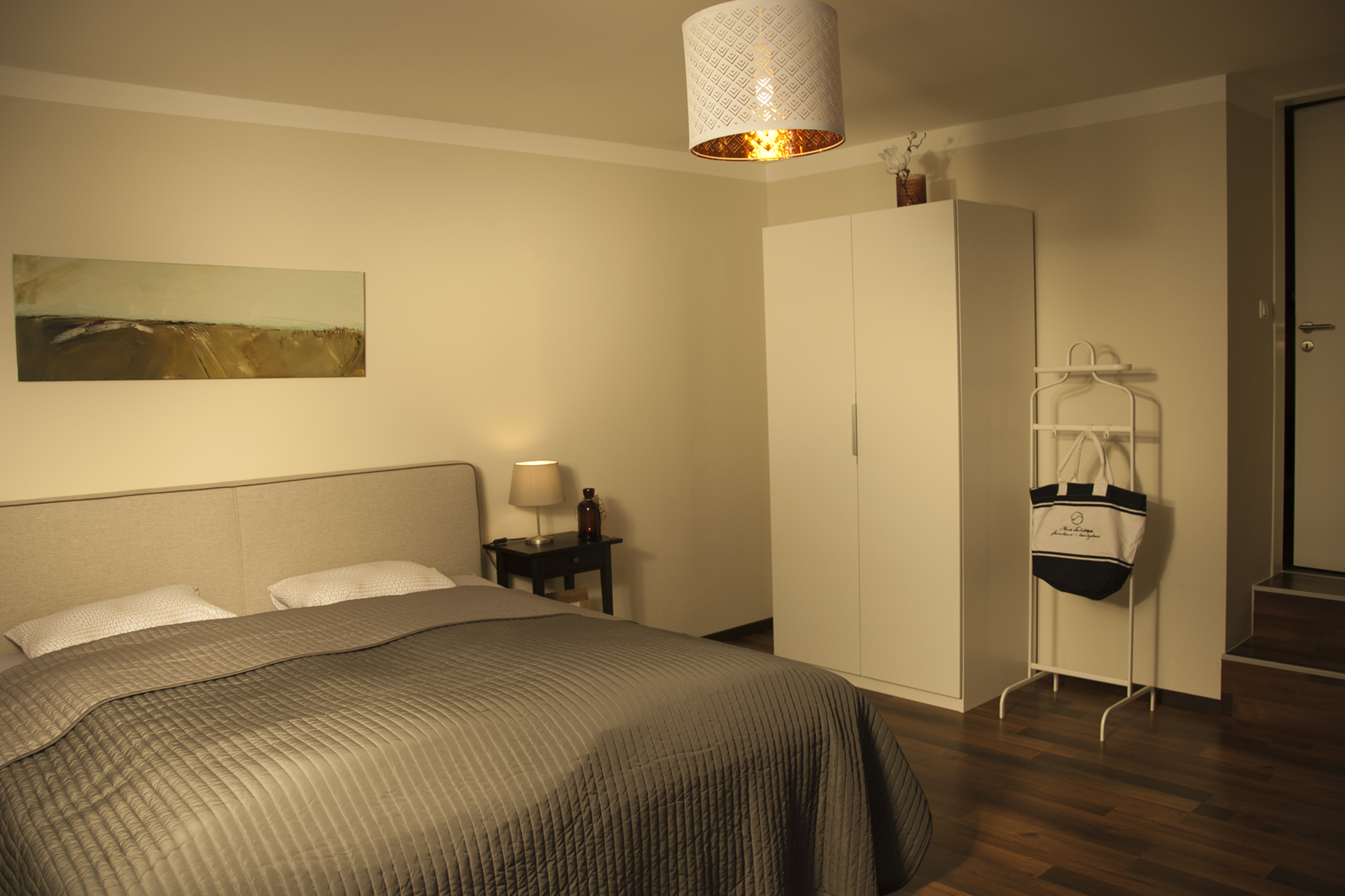 schlafzimmer unten DSC_3254